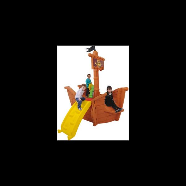 Navio Piratas do Caribe Disney